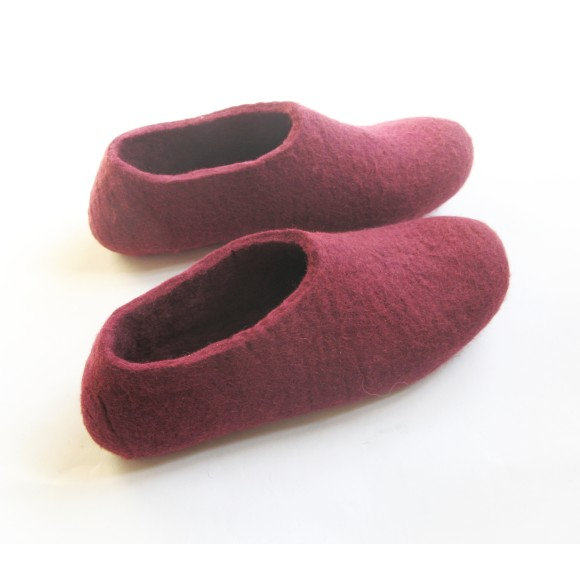 red wine slippers