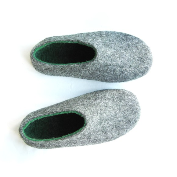 two-tone slippers
