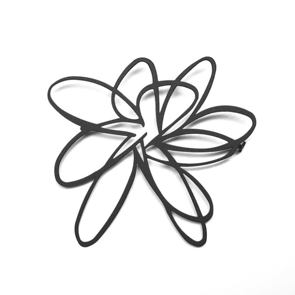 Flower Brooch-Black