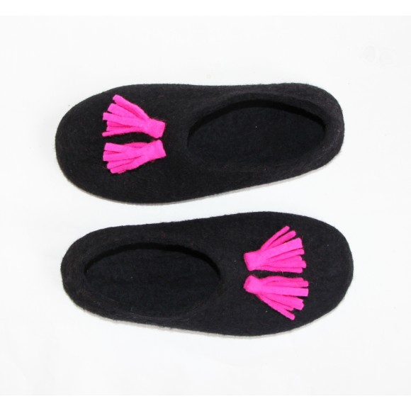Neon Fuchsia Tassels. Black Sole Felted Wool Shoes Black. Women