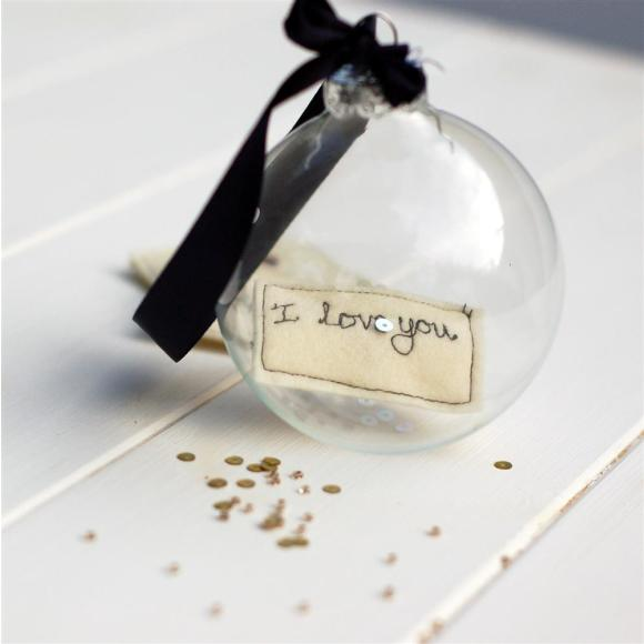 keepsake bauble