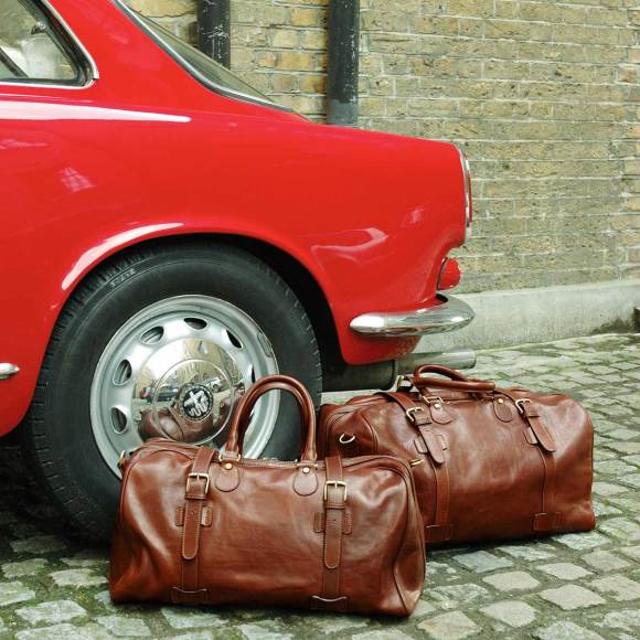 chestnut tan leather travel holdall
