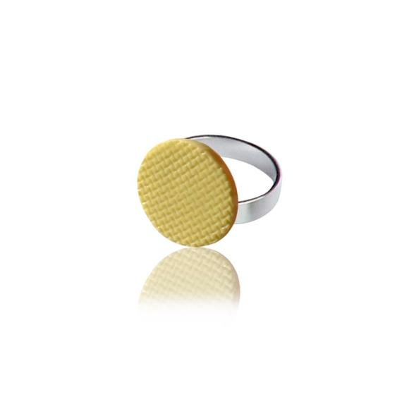 Yellow Grid ring
