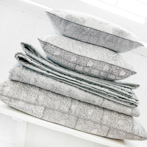 Quilt/Cushion/Sham