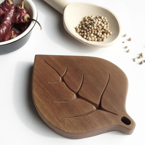 Gumleaf Spoon Rest