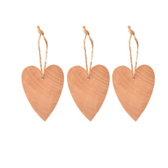 Natural birch hearts
