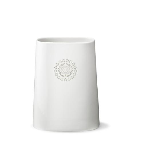 Back of vase