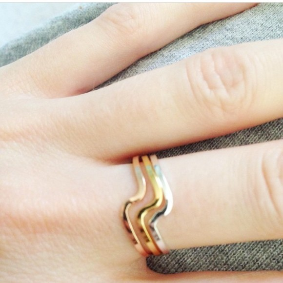 wave ring stacked