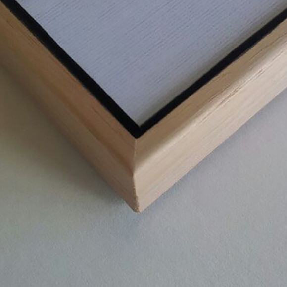 Close up of Corner to show floating effect