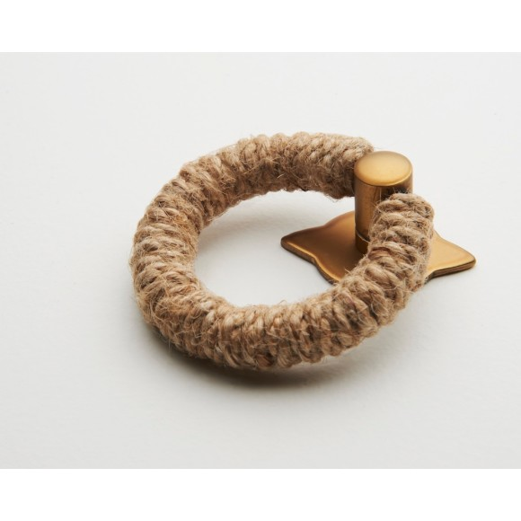 Jute rope pull