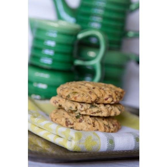 Linseed & pepita choc chip cookie