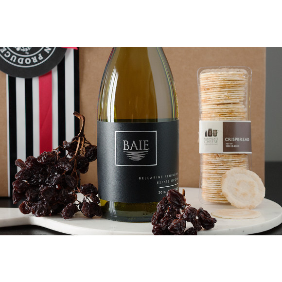 Pinot Gris, Dried Muscatels, Crackers