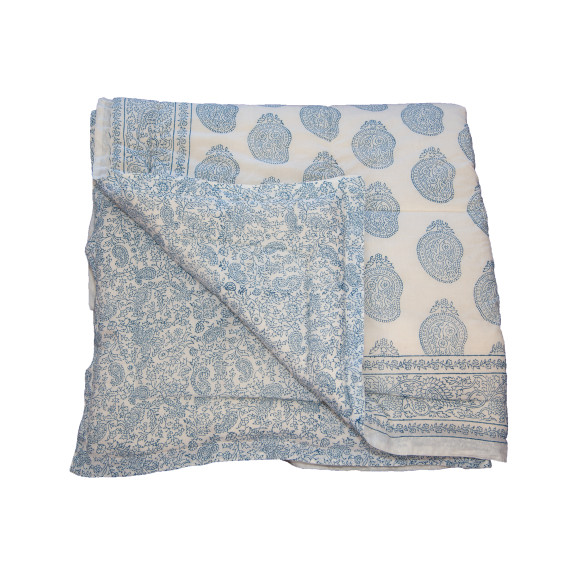 Cool blue paisley quilt