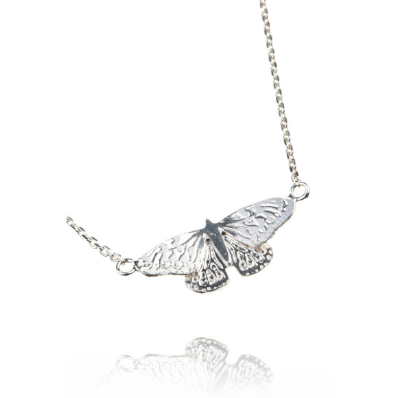 Amanda Coleman butterfly pendant 925 sterling silver close up