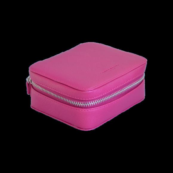 Pink - Close
