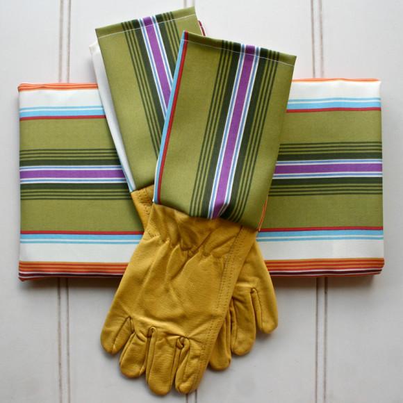 Matching gloves