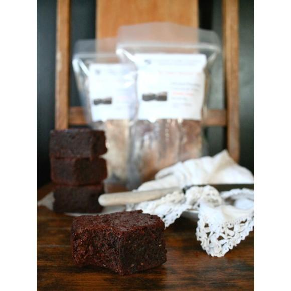 Flourless cacao chia brownie
