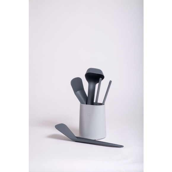 Rool Set- Utensils and Hub Included