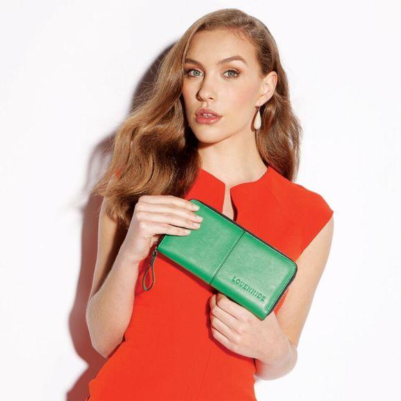 Model Jade