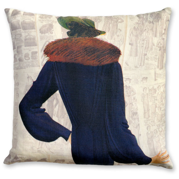 Madame Louisette linen cushion cover