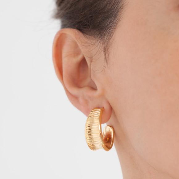 Oni gold hoop earrings
