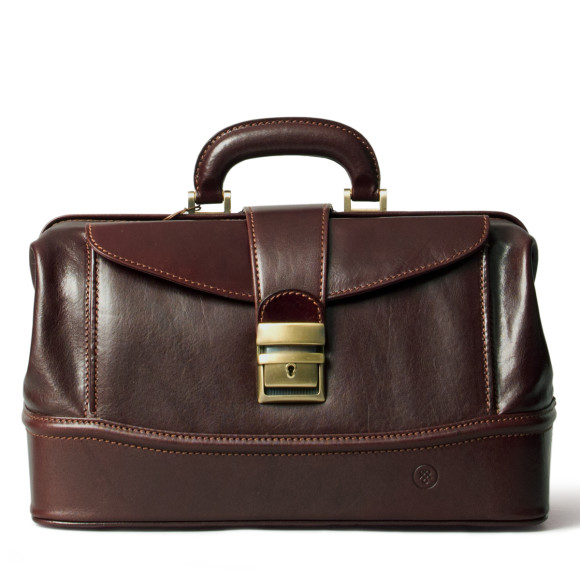 The DonniniS leather doctors bag in dark chocolate brown.