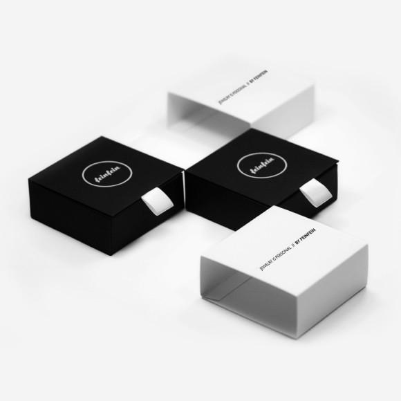 Elegant cufflinks box