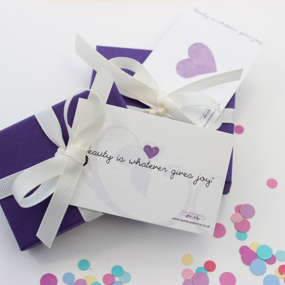 childs standard gift wrap