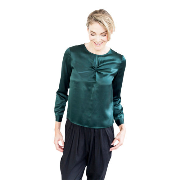 Elle- dark green front
