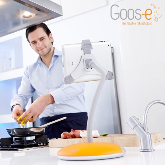 Goos-e tablet holder