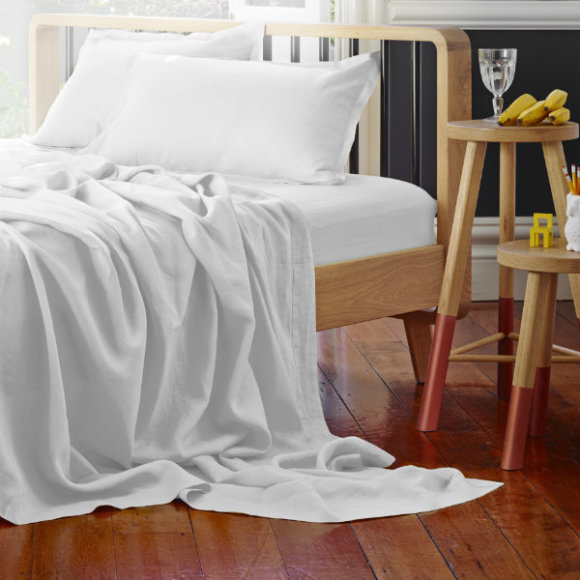 Pure linen bed sheet sets also avail.
