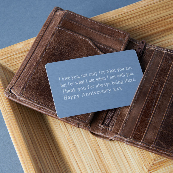Personalised wallet card in Times New Roman Font