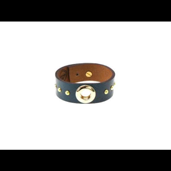 Inner circle cuff