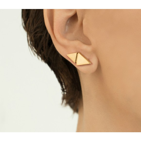 Hissia gold Origami pin earrings