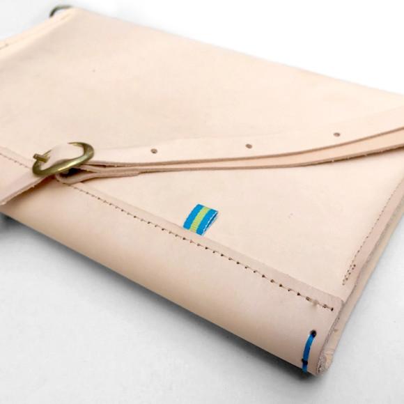 Adjustable shoulder strap with brass clip