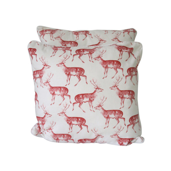 Red deer cushion