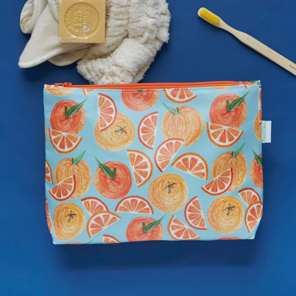 Oranges wash bag