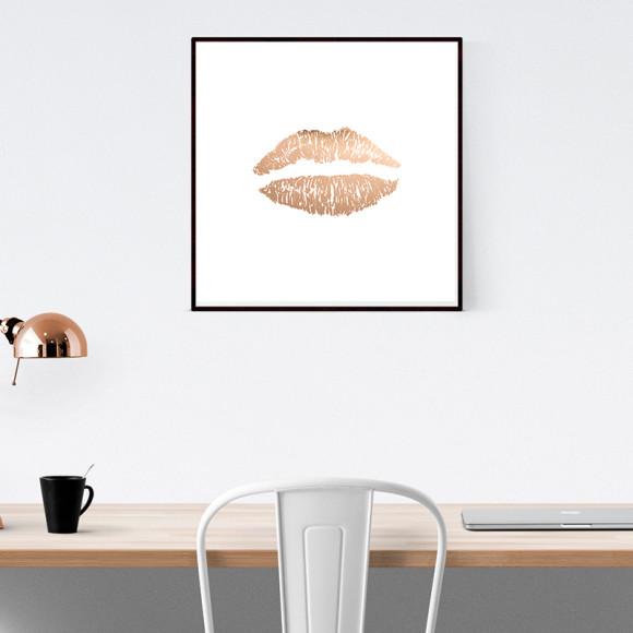Rose gold lips pri