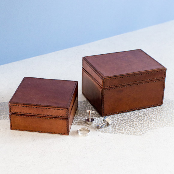 Leather stud boxes