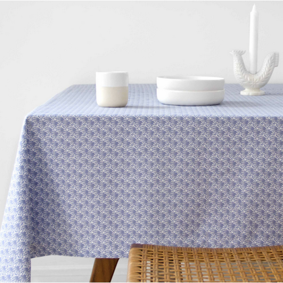 Blue Fili print tablecloth