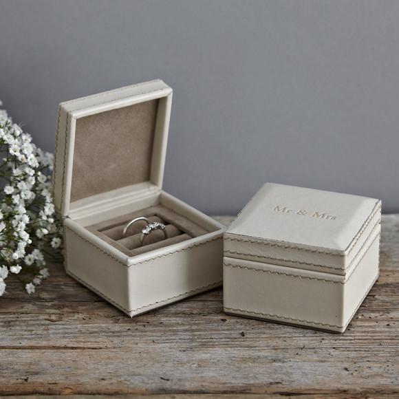 Cream Ring Box for 2 rings embossed