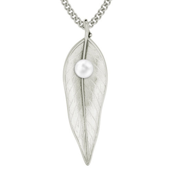 Leaf w/ pearl