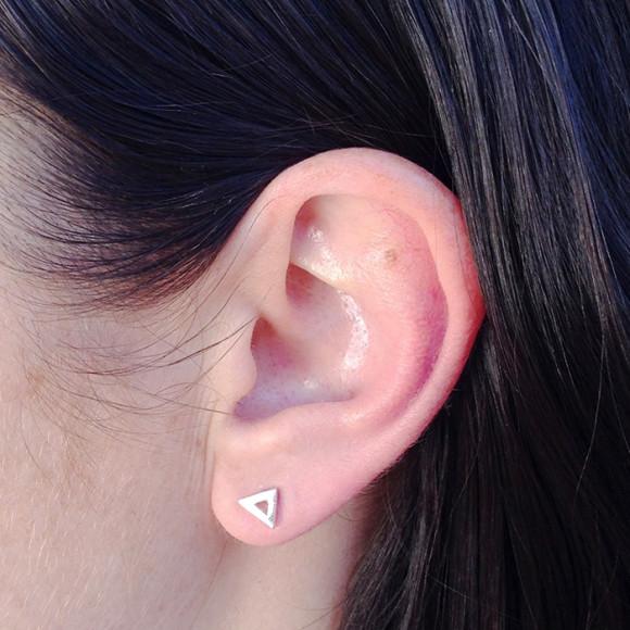 triangle stud earrings model