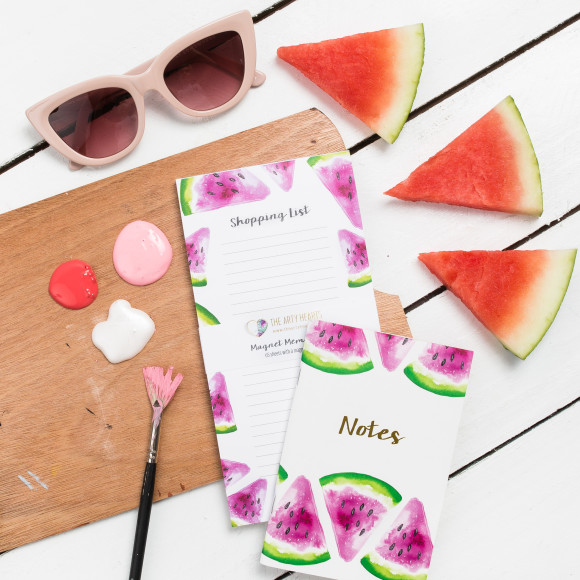 Team your watermelon book with our gorgeous matching watermelon magnet memo shopping book.