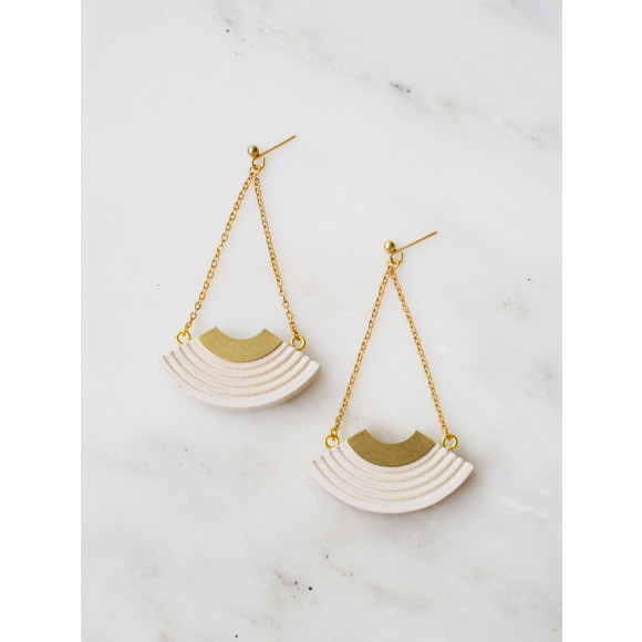 Curve Earrings - White