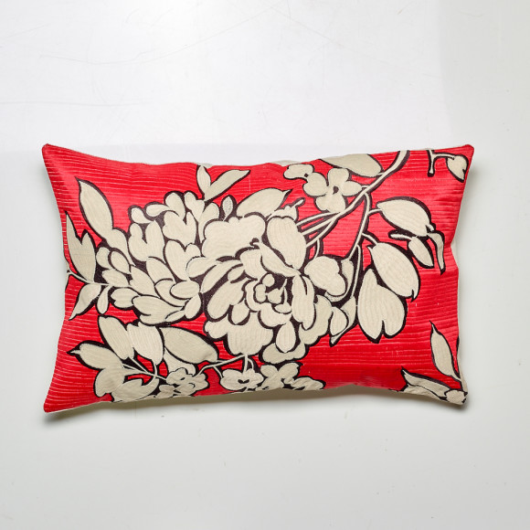Juliet cushion in red