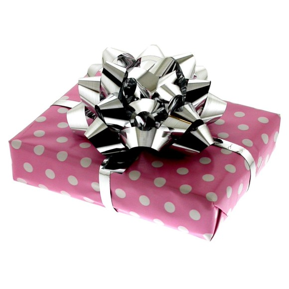 Gift wrapping for silver chip fork
