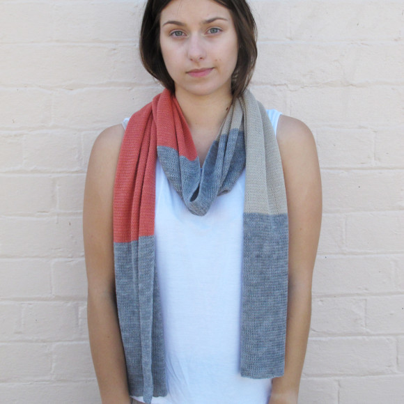 Coral knitted scarf