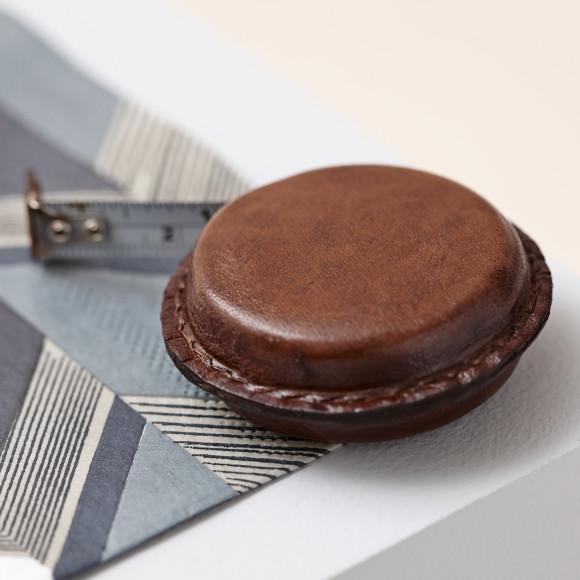 Essential gadget in vintage brown