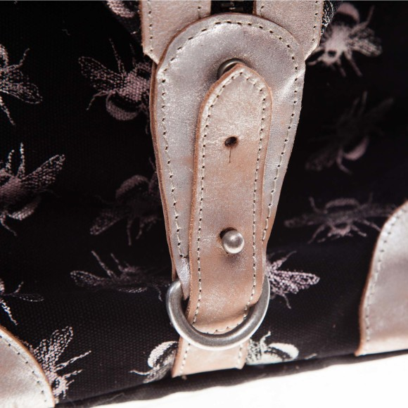 Savannah overnight bag black buckle detail